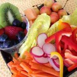 buah dan sayur segar dengan kandungan vitamin dan antioksidan tinggi
