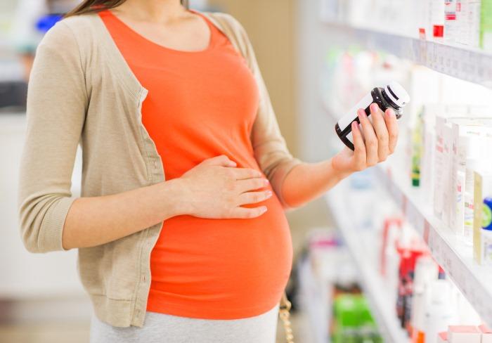 ilustrasi kosmetik yang aman untuk ibu hamil dan menyusui